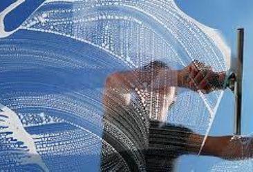 Nettoyage vitrerie copropriété
